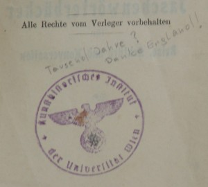 Fig. 20: Comment on a National Socialist stamp in a German-English dictionary at the Art History Library (Note: The Library of the University of Vienna requests users to refrain from adding annotations, underlines, etc. in its books.)