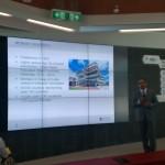 Professor Abid Khan, stellvertretender Vizerektor und Vizepräsident Global Engagement, betont in seinem Vortrag die Bedeutung der Zusammenarbeit zwischen Forschung und Industrie.