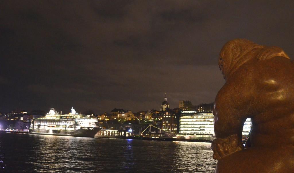 Bucht im Stockholmer Zentrum am Abend
