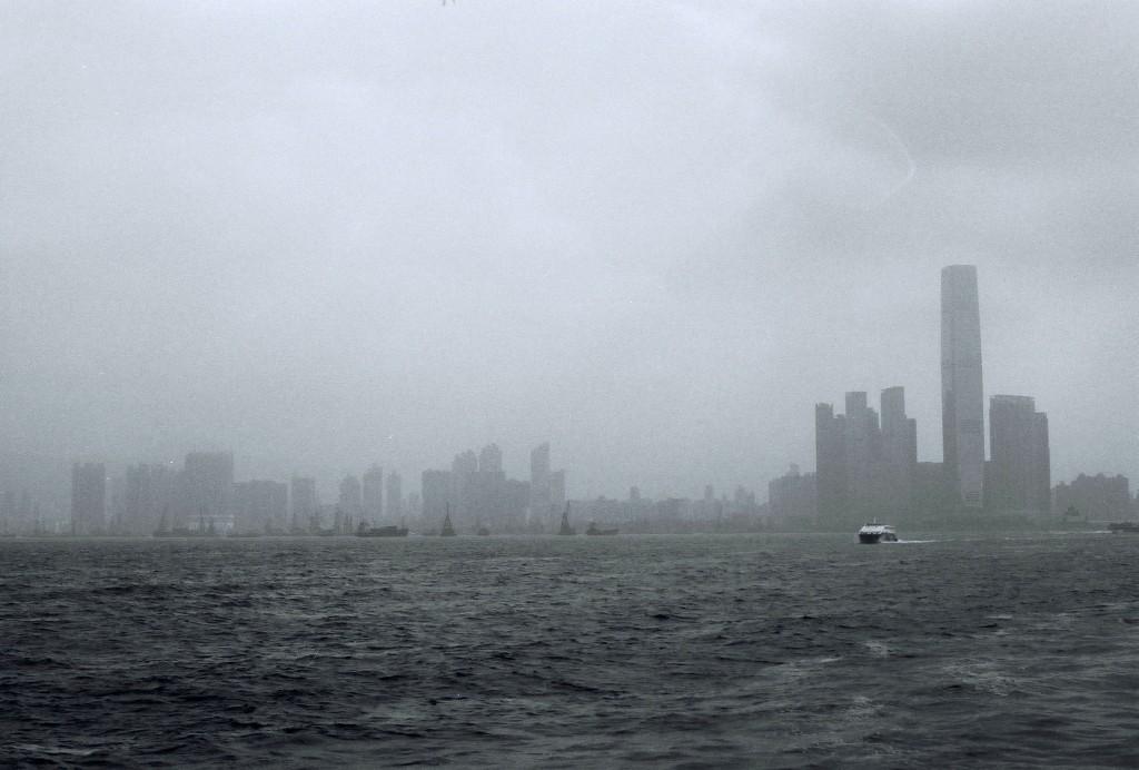 Central Ferry Piers, der Haupthafen der Personenfähren in Hong Kong, von hier aus kann man Ausflüge zu den Inseln Hong Kongs starten